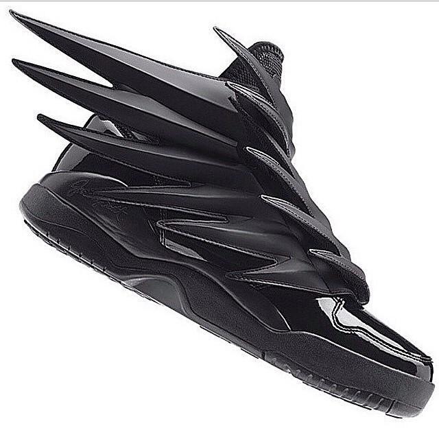 Adidas X Jeremy Scott Wings 3.0 Dark Knight