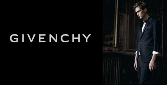 RTEmagicC_givenchy-menswear-riccardo-tisci.jpg