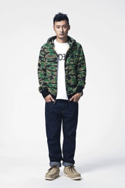 a-bathing-ape-x-common-sense-2014-lookbook-4