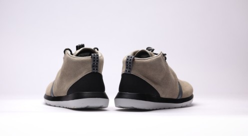afew-store-sneaker-nike-rosherun-nm-sneakerboot-bamboo-blk-cl-gry-lght-ash-gry-16