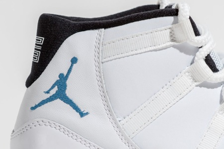 air-jordan-11-retro-legend-blue-3
