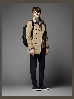 Burberry-Black-Label-Fall-Winter-2014-Collection-0061-453x610