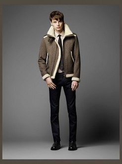 Burberry-Black-Label-Fall-Winter-2014-Collection-017-453x610