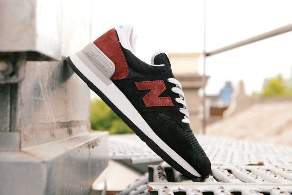 new-balance-made-in-usa-990-01-960x640