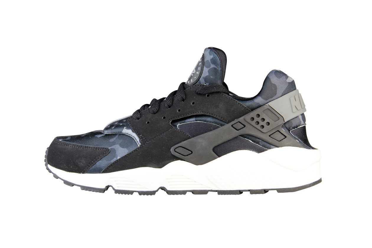 98f87c3ca79 The Nike Air Huarache  Snow Camo  Pack will release via Foot Locker EU on  November the 29th.