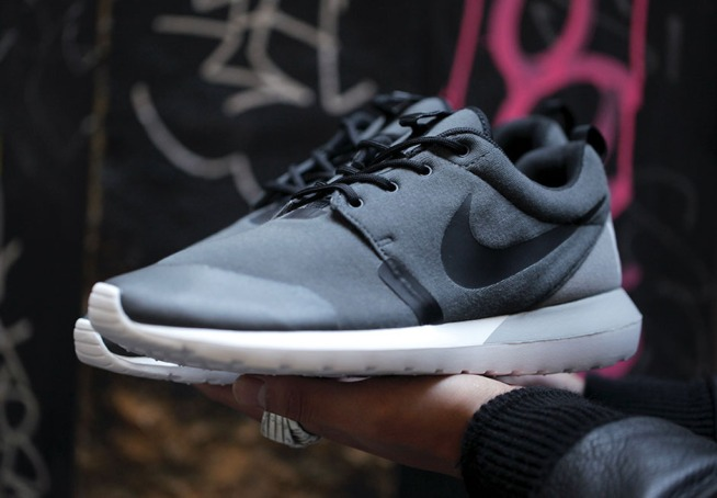 nike-roshe-run-nm-sp-tech-fleece-pack-01