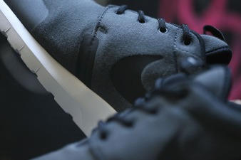 nike-roshe-run-nm-sp-tech-fleece-pack-03