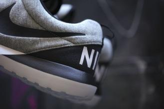 nike-roshe-run-nm-sp-tech-fleece-pack-09