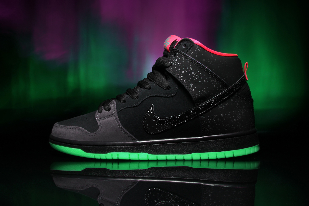 nike sb x premier northern lights dunk high the drop. Black Bedroom Furniture Sets. Home Design Ideas