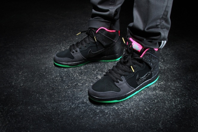 nike-sb-premier-northern-lights-dunk-high-2-1260x840