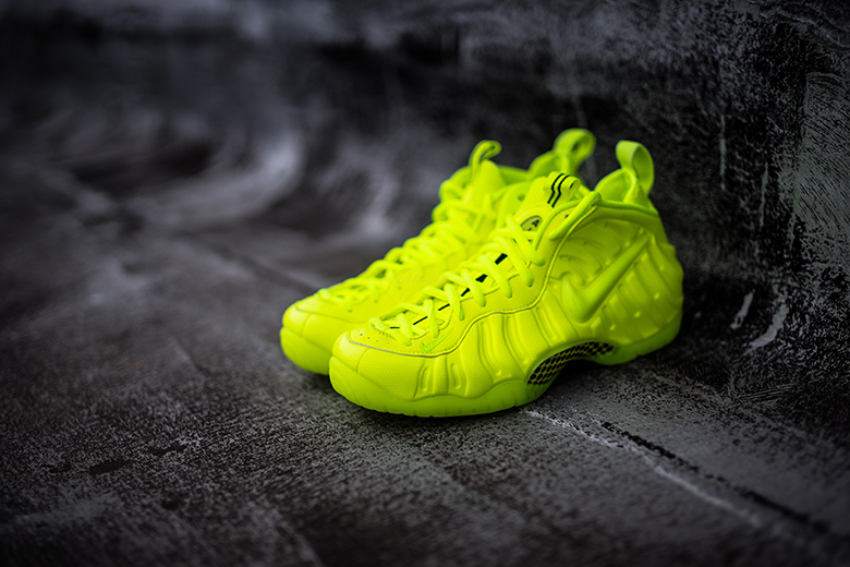 Green Yellow Volt Nike Shoes